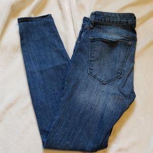 GAP Medium Wash Curvy Skinny Jeans